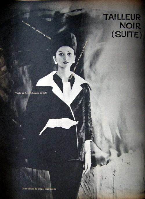 tailleur noir 2.jpg