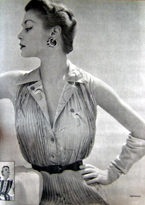 taille fine 1950 2.jpg