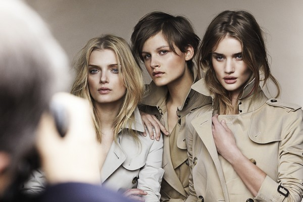 Backstage Burberry 5.jpg