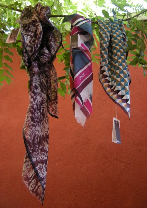 3 foulards Epice.jpg