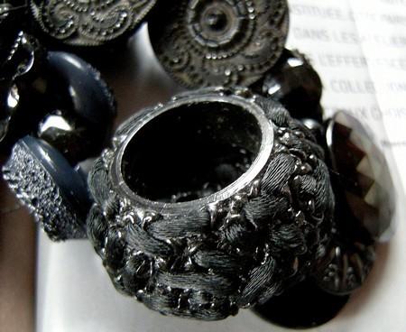 bouton noir 2.jpg