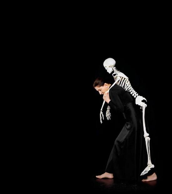 AbramovicSkeleton.jpg
