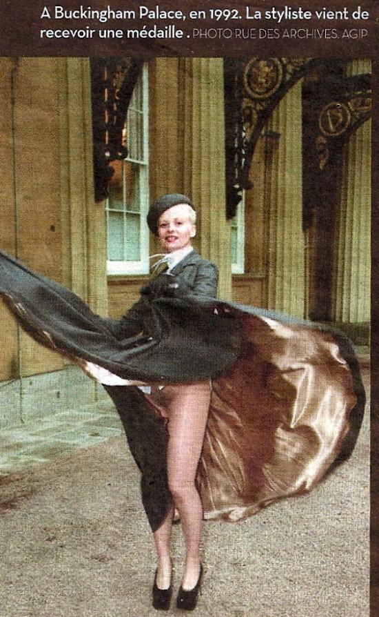 Vivienne Westwood Buckingham Palace 1992.jpg