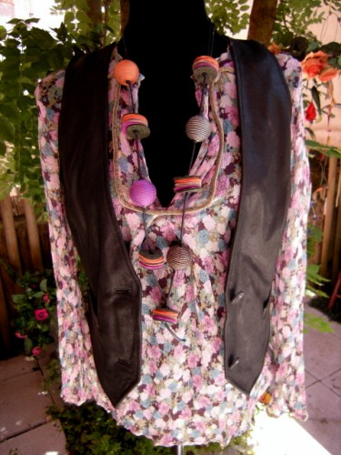 blouse fleurie.jpg