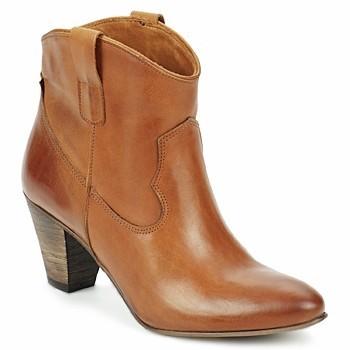 Boots Renata.jpg