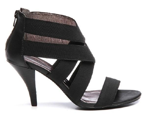 Sandale Lauréana.jpg