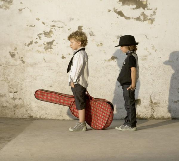 IKKS Guitare.jpg