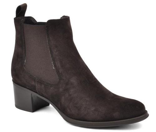 Boots3.jpg