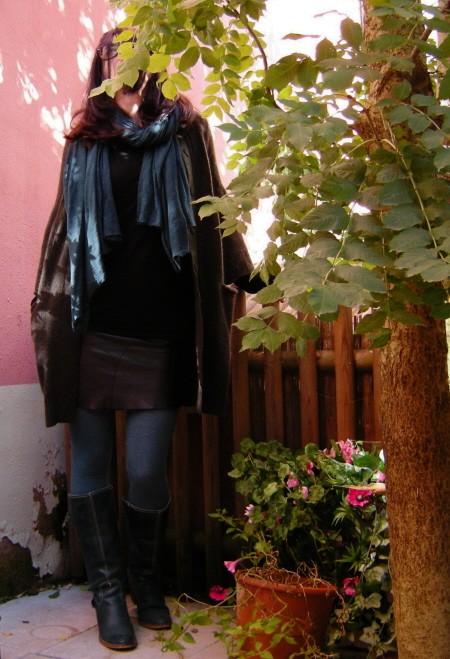 jupe cuir bleu canard 2.2.2.jpg
